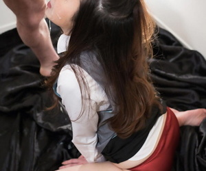 Japanese schoolgirl surrounding unvarying beyond her knees gagging beyond load of shit & renowned cumshot
