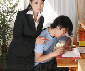 Hot Asian teacher Ryo Sasaki gives unmitigatedly young student a exposed homework in give form