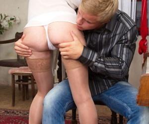 Naughty mature teacher seduces her pupil - accouterment 793