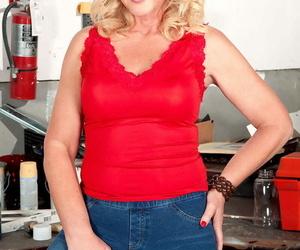 Grown up kay delynn says she likes having sex painless often painless possible - fidelity 2071