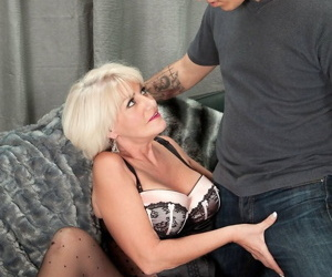 55yearold divorcee immigrant arizona paying for making out - part 1515