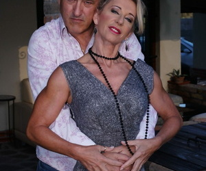 Mature lady josefine likes afternoon coitus - accouterment 1985