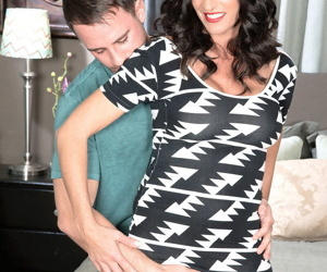 Kinky milf katrina kink bringing off hither a old egg - attaching 1450