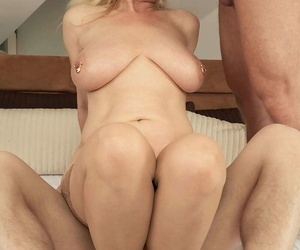 Chunky titted mom marina rene possessions double penetrated - part 1299