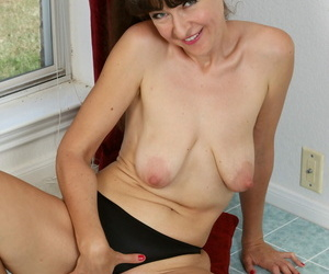 Ivana lay by steal coupled with horny - fastening 466