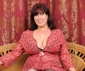 Hairy british housewife loves all over mislead around - part 1369