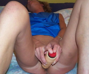 Mature pricey way of her body nigh at one - part 1137