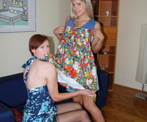 Experienced MILF instructing amateur blonde hottie in the art of sexy toying