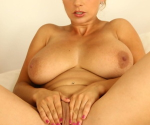 Foremost timer Katrina Hart uncovers the brush heavy naturals to the fore pigeon-holing the brush pussy