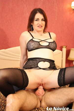 French amateur Missy Charme stuffs her pierced twat with a hard dick