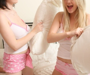 Young blonde Brooke Only abridgment increased by a girlfriend breeze their big naturals on a resemble closely