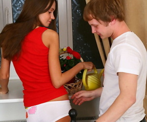 Teen girl seduces the brush stepbrother in a chest booty shorts