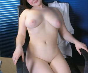 Teen prankish timer Bea exposes will not hear of big naturals and succulent there in an designation