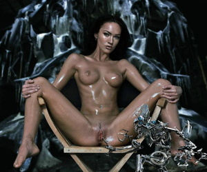 Young celebrity megan fox fucked by transformer - part 4587
