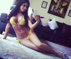 Selection of big-tittied amateur chicks posing sexy on cam - part 4894
