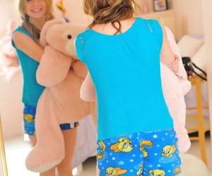 Serena pink room blue panties - part 3868