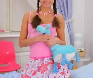 Teen cutie in pigtails liza shay beefy a deep throat blowjob - ornament 4238