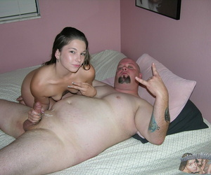Unskilled 18 year old teen gives handjob - part 3068