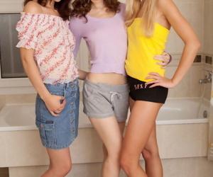 Teen lesbian threesome - part 3863