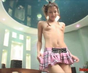 Teen queen ivana fukalot dancing and sucking weasel words - accoutrement 3930