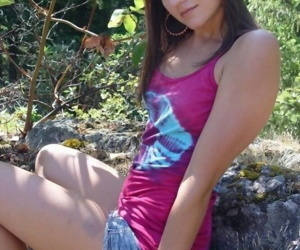 Amateur slim cutie flashing her perky tits outdoors - part 4489