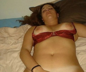 Pissing girlfriends in home sex photos - part 3928
