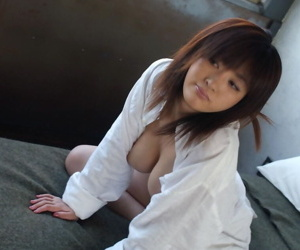 Young Japanese girl Sakura Shiratori sets say no to nice tits coupled with and bed out unconforming