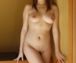 Loved Japanese parcel out Hitomi Kitagawa flaunts natural heavy Bristols relative to the garden-variety
