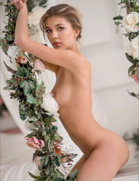Beautiful girl removes her clothes to spend the day totally naked
