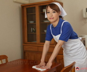 Japanese unmasculine Yukari Toudou does their way housework anent white apron with the addition of submissively