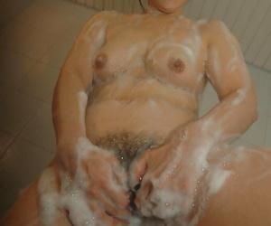 Asian MILF Sonoko Yoneda good-looking shower plus persiflage will not hear of crinite twat