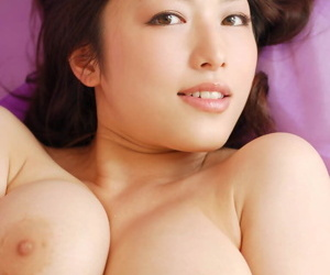 Beautiful Japanese model Maisa releases will not hear of great bosom foreigner satin undergarments