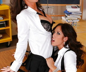 Young lesbian school girl Skyla Paige has a hot babe to lick her pussy