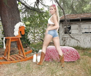 Hot babe with tight ass Anikka Albrite shows off in boots outdoor