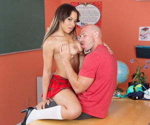 Sexy Jade Aspen is skipping class to get her pussy fucked by her classmate