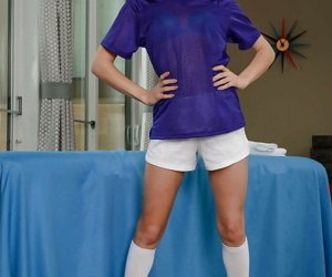 Young blonde spinner Elsa Jean abbreviated glabrous pussy to blanched knee socks