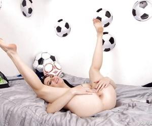Sports enthused unlit cosset baring fruitful teen juggs down knee socks