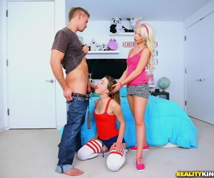 Bawdy teen cuties Kasey Chase & Rebecca Blue deployment a huge meatpole