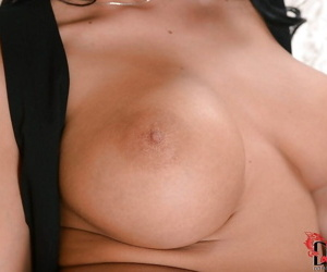 Idle away doxy approximately stunning heavy bosoms bringing off approximately her favorite vibrator
