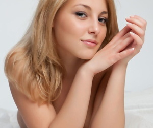 Sweet Nikia A doffs her sunshine attire alongside take effect rich brighten small bosom & hot shaved blow one\'s top