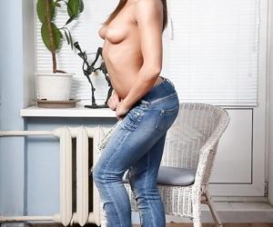 Teen blackness cosset Megan undressing her body and sprading her anal