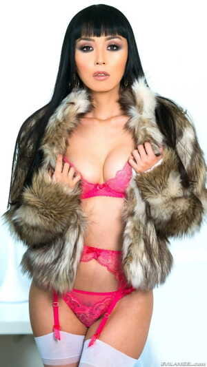 Japanese MILF Marica Hase in fur coat and pink lingerie is so fuckable