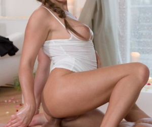 Erotic whittle Ally Breelsen gives a sensual oiled horseshit kneading & climbs aboard