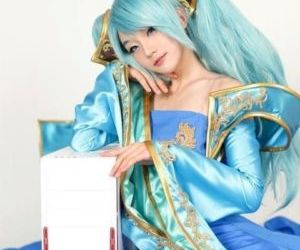 Epic Sona Cosplay Collection