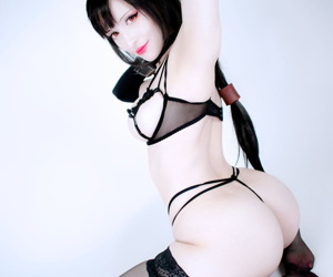 Yuzu Pyon - Tifa Lockhart Lingerie