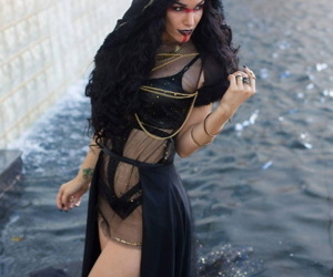 Cosplayer - Coralea Dig out - faithfulness 6