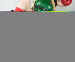 Cosplayer - Virtual Geisha - fixing 3