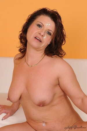 Mom with saggy boobs Andee gets her mature vagina eaten out and banged deep