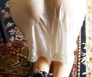 Submissive asian pamper Karen Kisaragi posing not quite clothed