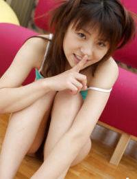 Nasty asian teen Haruka Tsukino slipping off her underwear